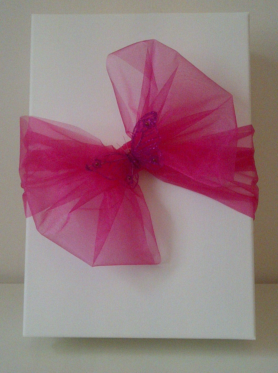 Personalised Gift box with pink bow