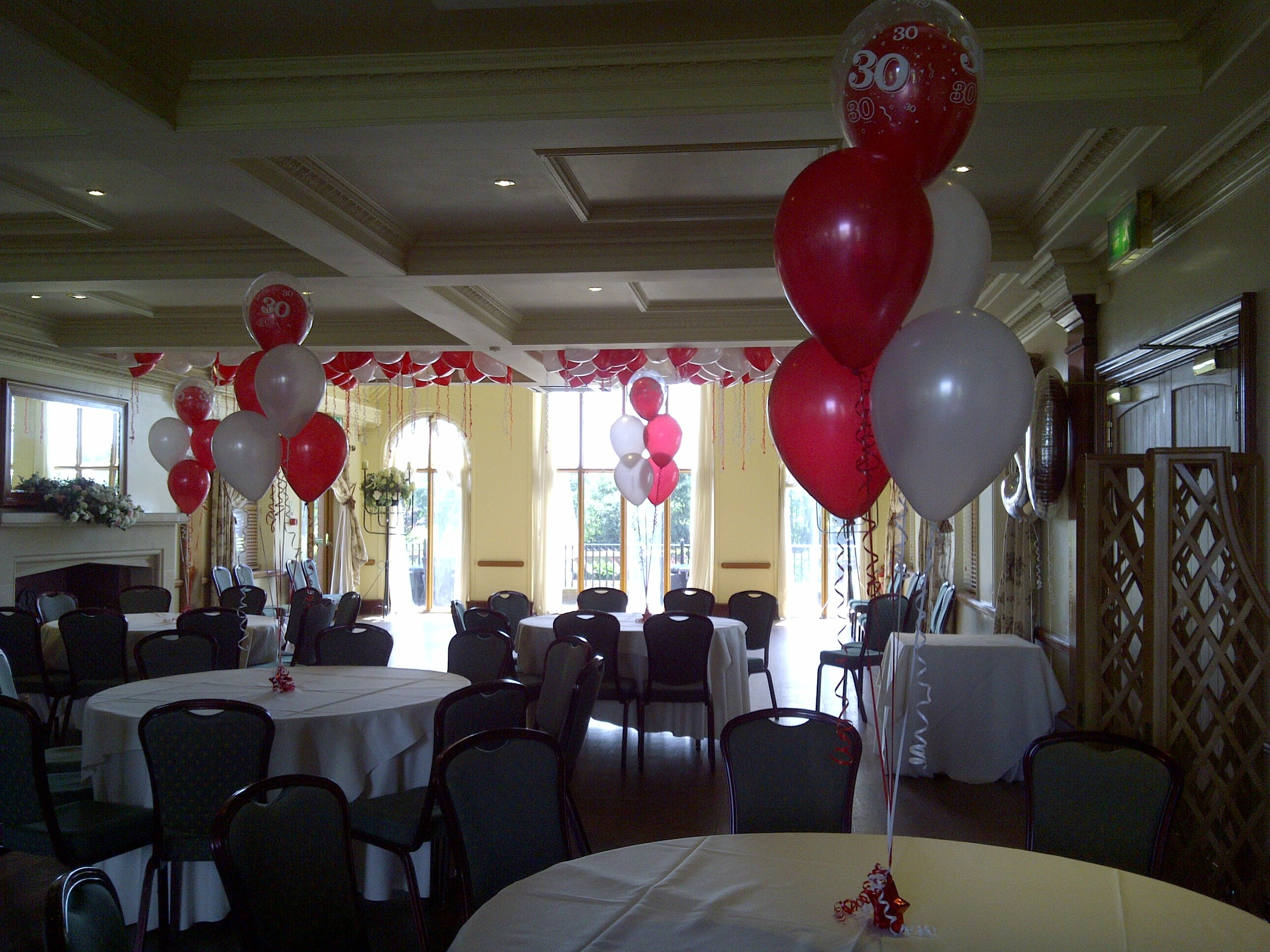 30th birthday balloons at Stock Brook Manor